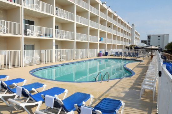 Carousel Resort Hotel & Condominiums: Outdoor Pool