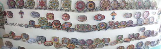 Real lead and Cadmium free mexican pottery.