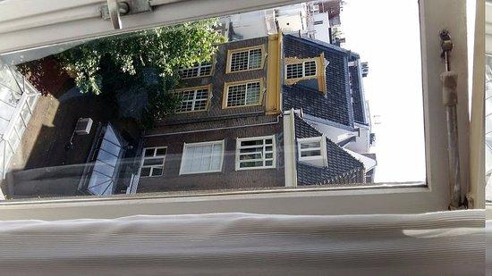 Hotel de Westertoren: Vista da janela interna