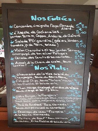 Quetteville, France: Notre Ardoise qui change régulièrement