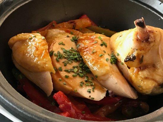 La Maison Martin: Suprème de poulet Pipérade