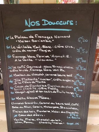 Quetteville, France: Notre Ardoise de douceurs