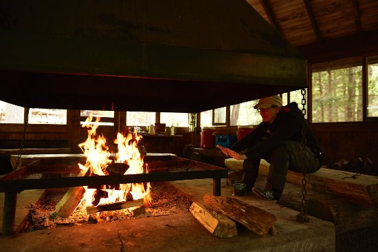 Barry's Bay, Canada: We have got you covered for chilly days. A fire in our pavilion warms up paddlers over lunch.