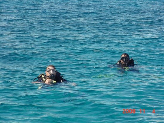 Uvalde, TX: Divers in Cozumel waters November 2008