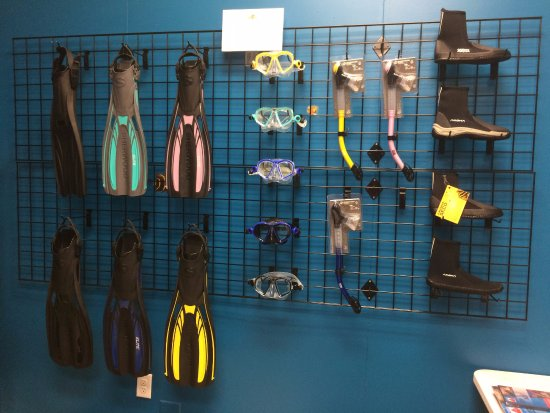 Uvalde, TX: Scuba Oasis offers snorkeling and scuba equipment to fit your needs