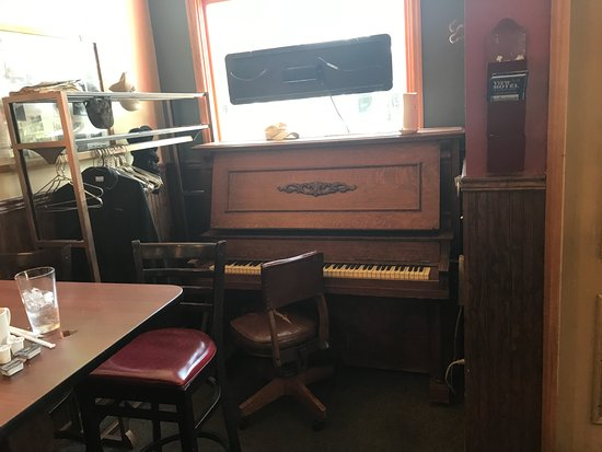 Elizabeth, IL: Piano near the bar area