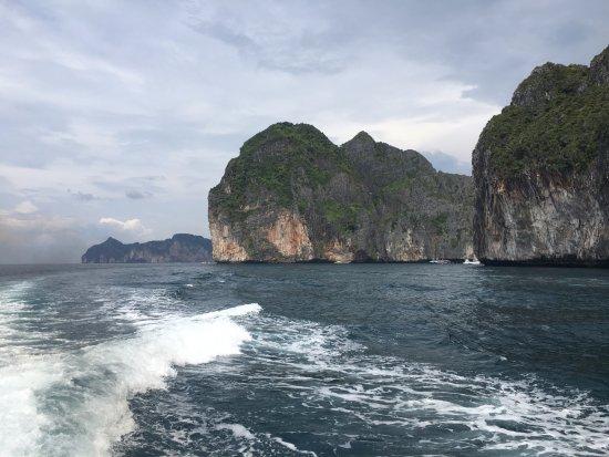 ทัวร์เกาะ สมุย: On the way to PhiPhi Island