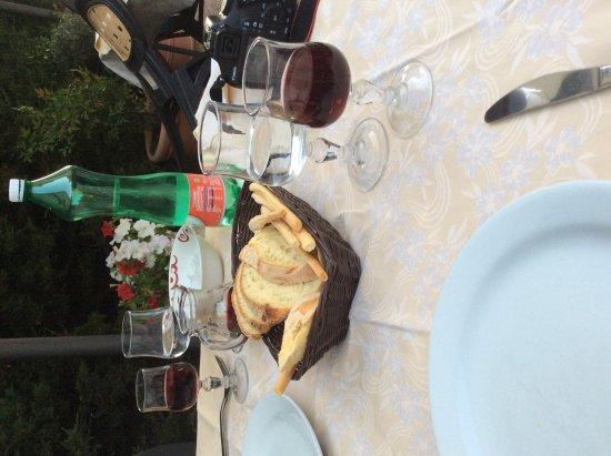 Cesaro, Italia: IMG_2536_large.jpg