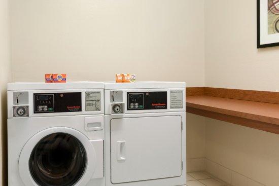 Fairfield Inn & Suites Oklahoma City Quail Springs/South Edmond: Guest Laundry Facilities