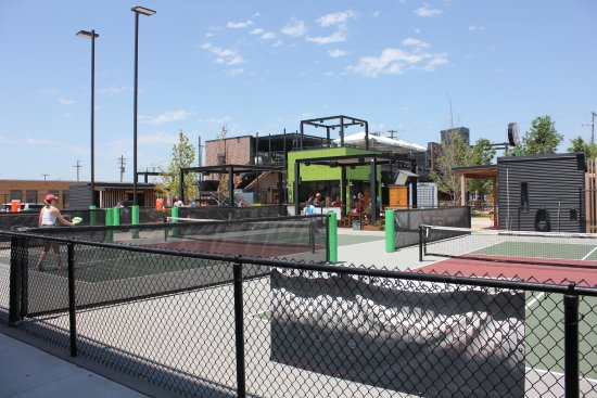 North Kansas City, MO: Indoor and Outdoor Pickle Ball courts