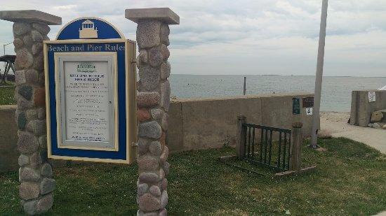 Luna Pier Entrance
