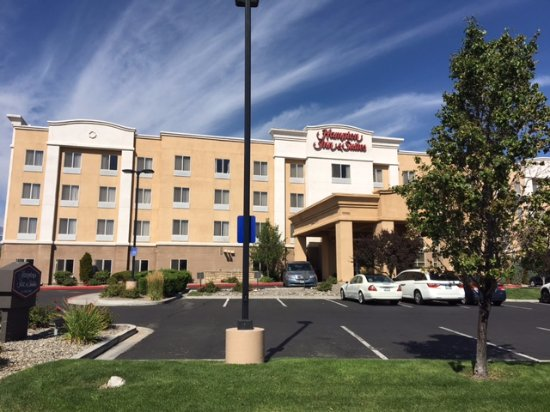 Hampton Inn & Suites Reno : More of the hotel