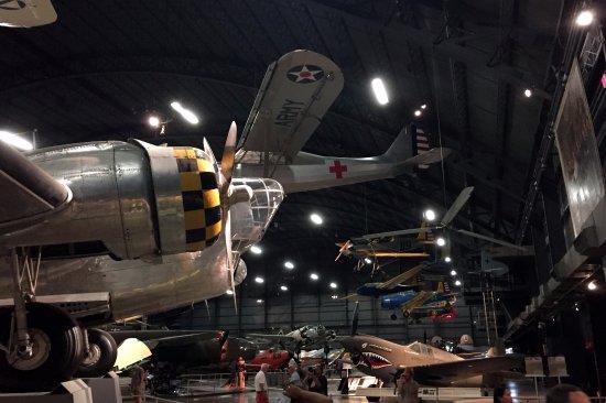 Museo Nacional de la Fuerza Aérea de EE. UU.: WWII planes