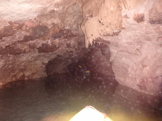 Belmopan, بليز: cave photo