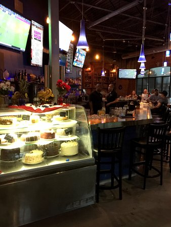 Ellicott City, MD: A nice selection of desserts near the front entrance.