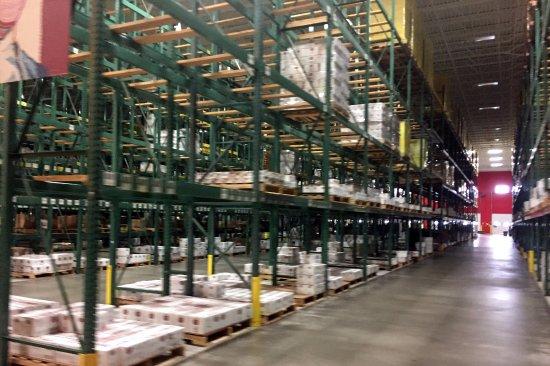 เพลเซนท์แพรรี, วิสคอนซิน: just a warehouse