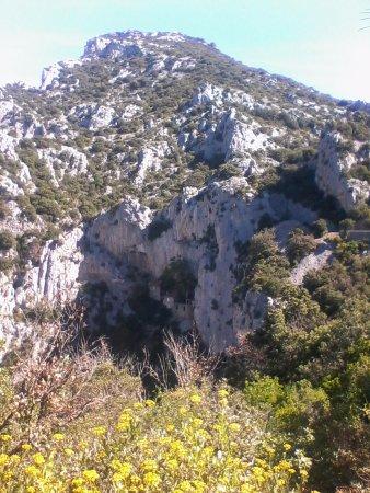 Saint-Paul-de-Fenouillet, Francia: Келия на скале