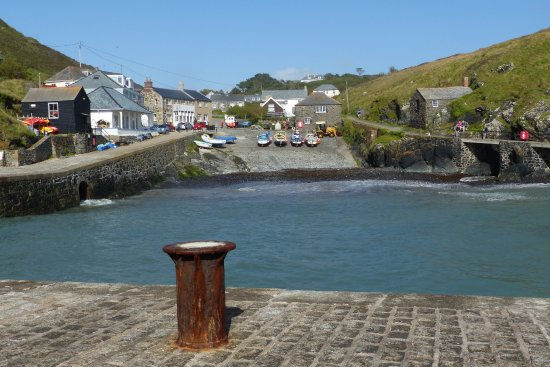 The Lizard, UK: Nearby Mullion Cove with its sheltered harbour