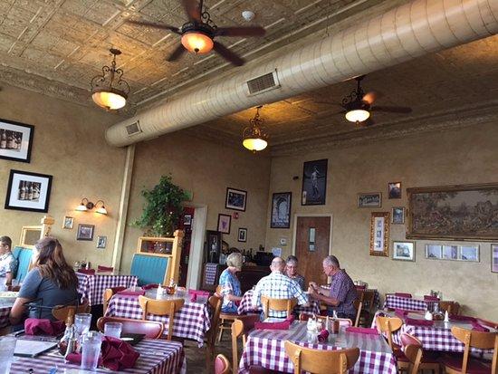 Alamosa, CO: Bistro Rialto Dining Room