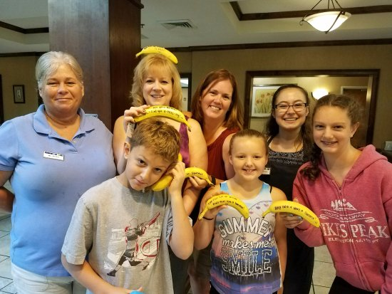 Holiday Inn Express Hotel & Suites Sylva-Western Carolina Area: Some family member with Becky & Catherine, great staff!!