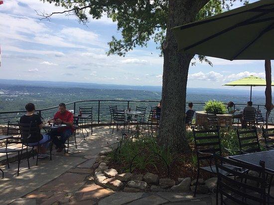 Hotels Near Lookout Mountain Tn