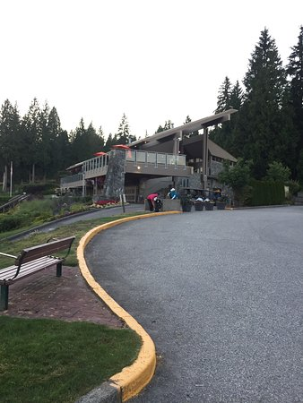 Northlands Golf Bar and Grill: photo0.jpg