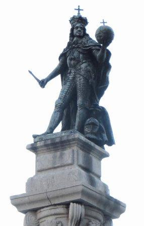 Monumento dedicato all'Imperatore Leopoldo I