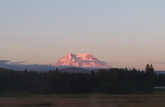 Mount Rainier: Sunset as we left the park