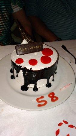 Gâteau Spécial Pour Le 58ème Anniversaire De Mariage De Mes