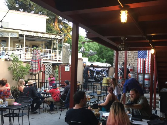 There is often a band playing on the outside patio at the Auburn Alehouse.