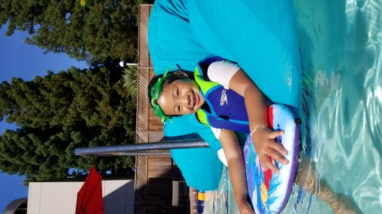 San Ramon, Californien: Floating beanbags!