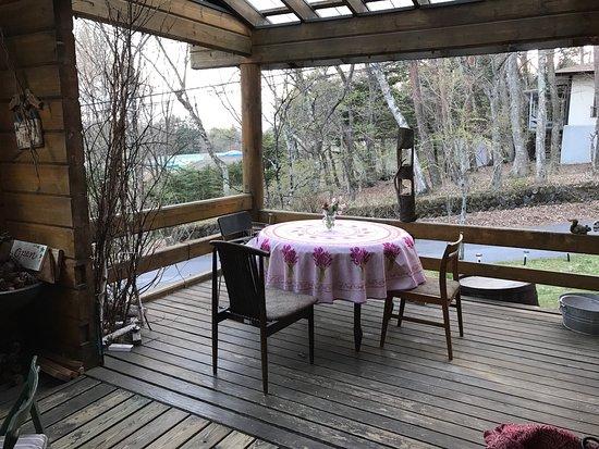 Miyota-machi, Japonya: テラス席も夏は気持ち良いです。
