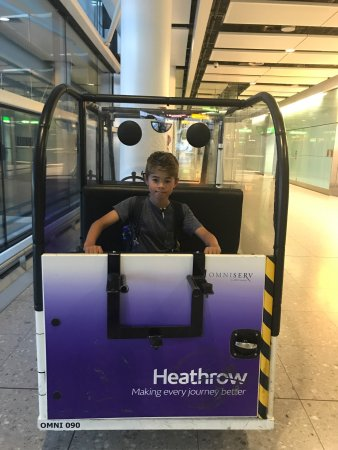 Hyatt Place London Heathrow Airport: photo0.jpg