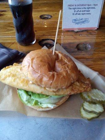 บัตเลอร์, เพนซิลเวเนีย: Tilapia sandwich
