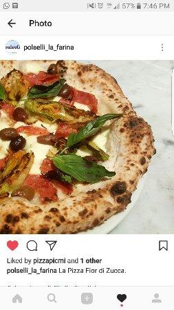 Pizza napoletana with zucchini flowers (fior di zucca)#pizzanapoletana #neapolitanpizza #kew #pa