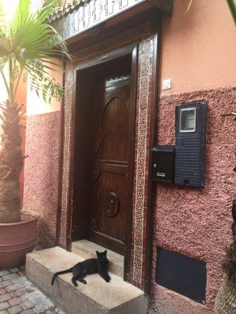 Riad Cocoon: Front door
