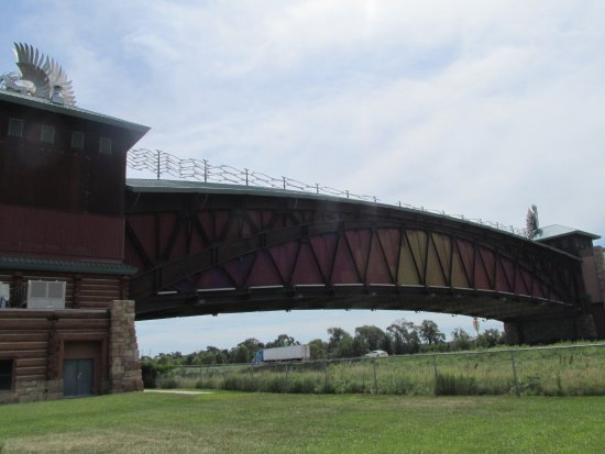 Kearney, NE: the archway