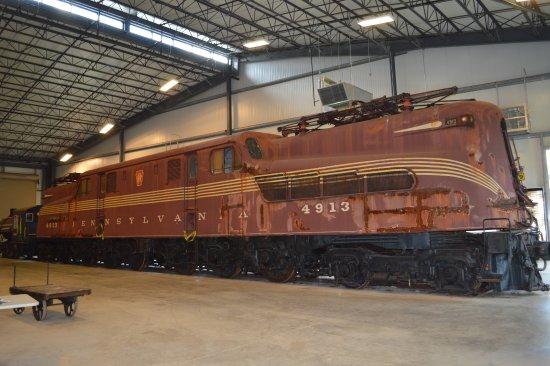 Altoona Railroaders Memorial Museum : The PRR GG1.