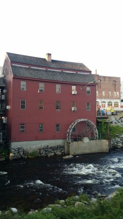Littleton, NH: The 1797 gristmill that now houses Schilling.
