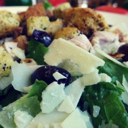 Lakemoor, IL: Salads