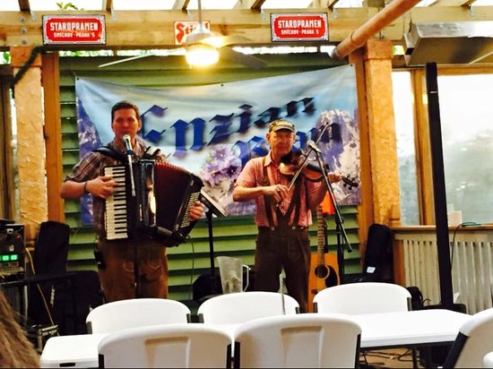 Pearland, TX: Live German band
