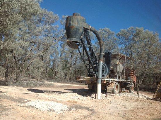 Outback Opal Tours