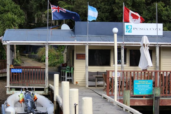 "Endeavour Inlet, New Zealand: The ""Boatshed Cafe"" on the wharf"