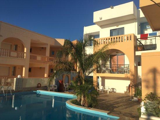 Esplanade Hotel Apartments: photo1.jpg