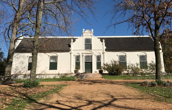 Franschhoek, South Africa: The main house at Boschendal - well worth visiting.