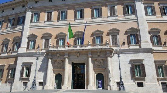 20170914 171805 palazzo di for Palazzo camera dei deputati