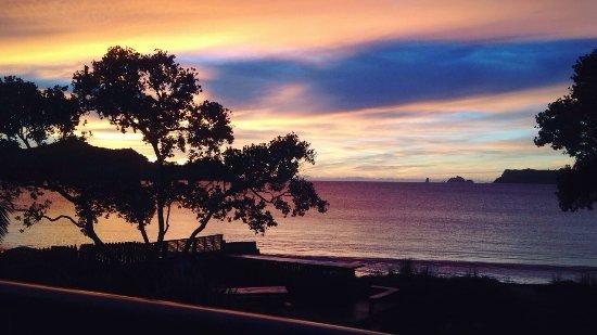 Beachfront Resort: photo0.jpg