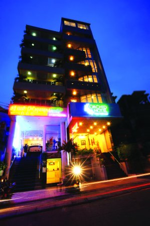 ORCHID HOTEL: Hotel Exterior