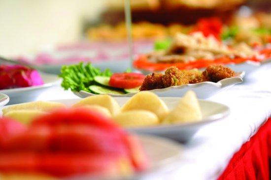 ORCHID HOTEL: Buffet breakfast