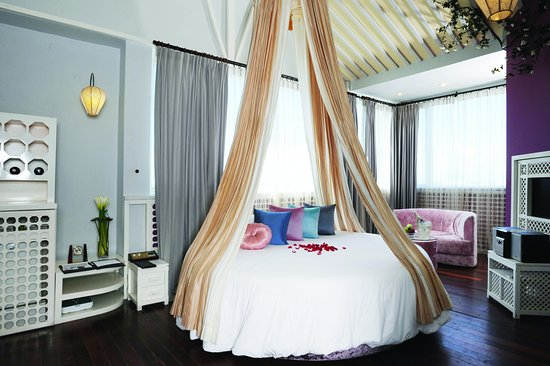ORCHID HOTEL: Romantic Rooms